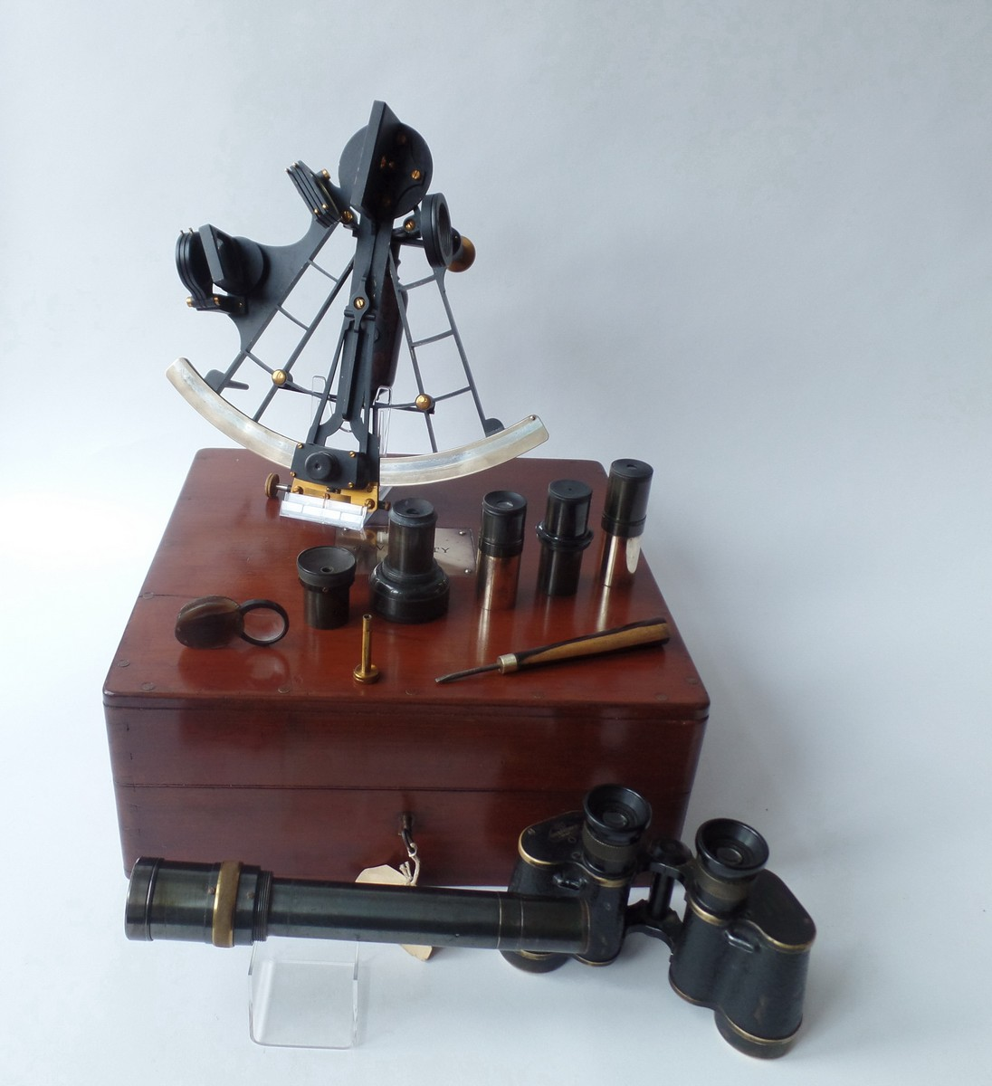 A FINE 8IN. RADIUS VERNIER SEXTANT BY H. HUGHES & SON LTD - LONDON