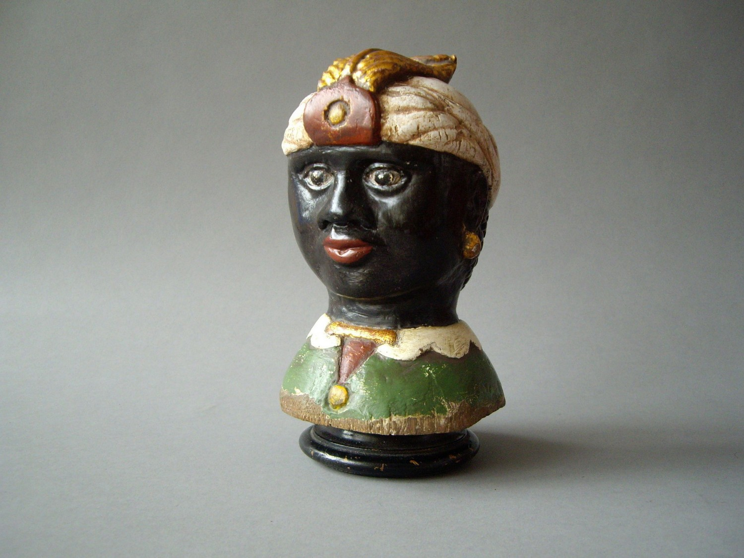 A MOOR'S TILLER HEAD 18TH CENTURY