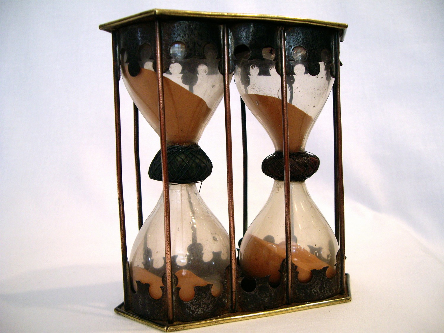 DOUBLE MARITIME HOURGLASS 17TH CENTURY