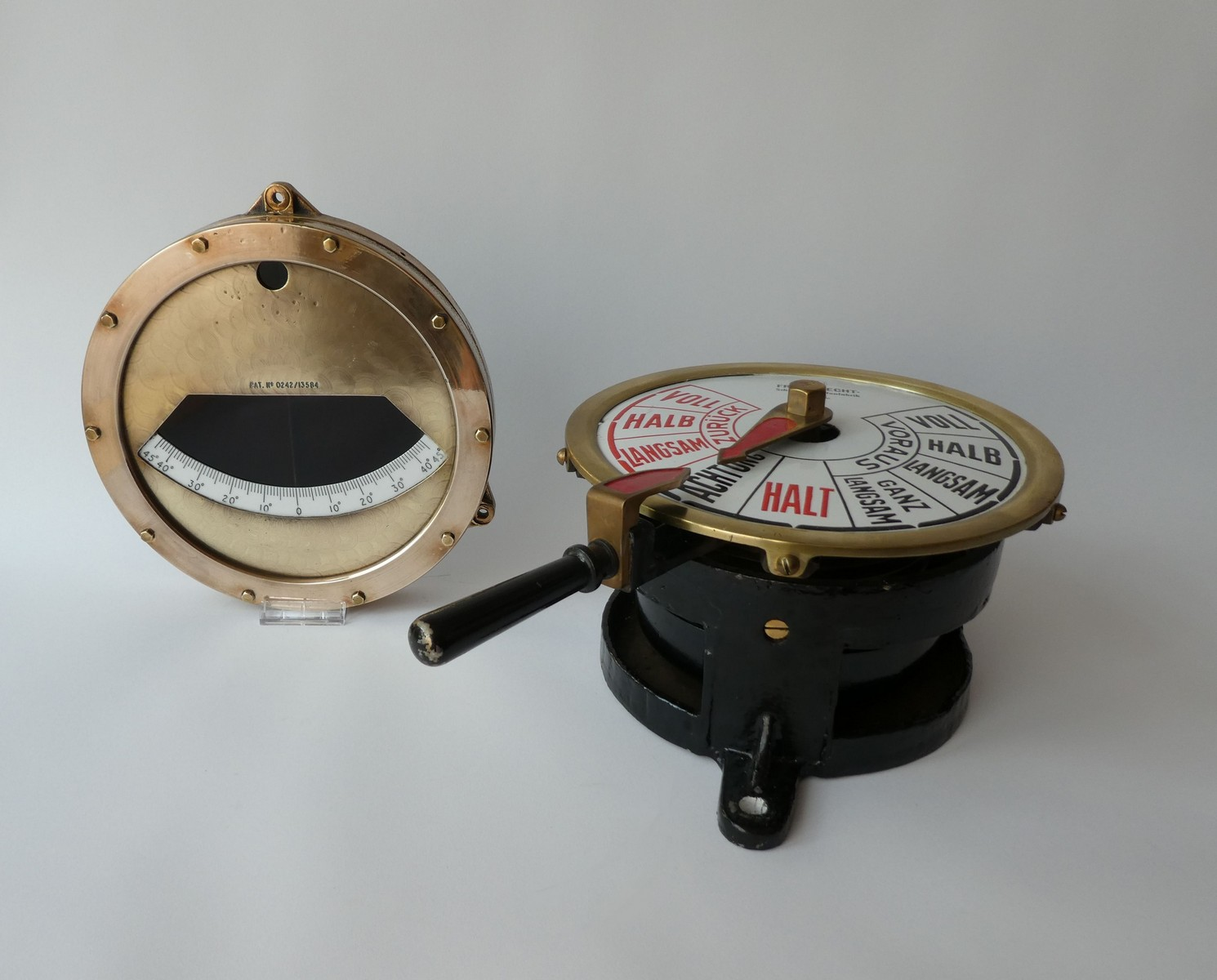 KRIEGSMARINE MACHINE ROOM TELEGRAPH & CLINOMETER