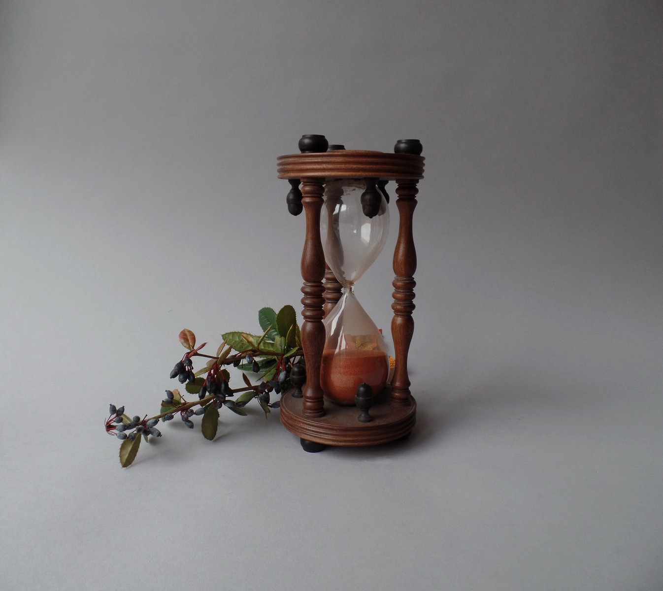 ANTIQUE 19TH CENTURY HOURGLASS